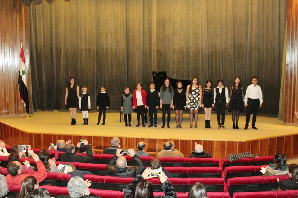 مديرية المعاهد الموسيقية والبالية في وزارة الثقافة  تقيم حفلا للطلاب المتفوقين في البيانو