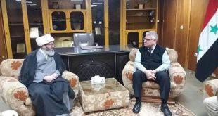 حجة الإسلام غلام رضا قاسميان في زيارة إلى مكتبة الأسد